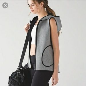 Lululemon In Sculpt Vest *reversible sz10 blk/grey